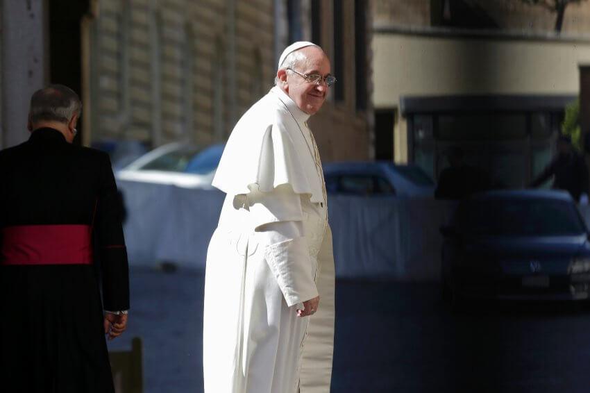 Papst Franziskus: Moraltheologisch und kirchenrechtlich so orthodox, dass die Riemen quietschen, meint Matthias Matussek.