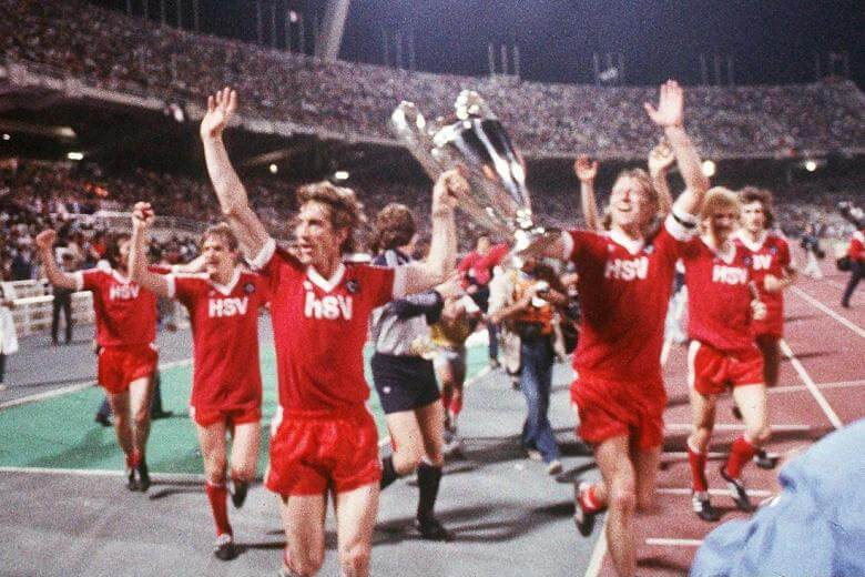 1983 gewinnt der HSV in Athen gegen Juventus Turin überraschend den Europapokal